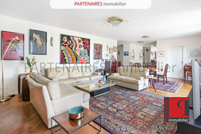 Appartement Le Chesnay 5 pièce(s) 139 m2